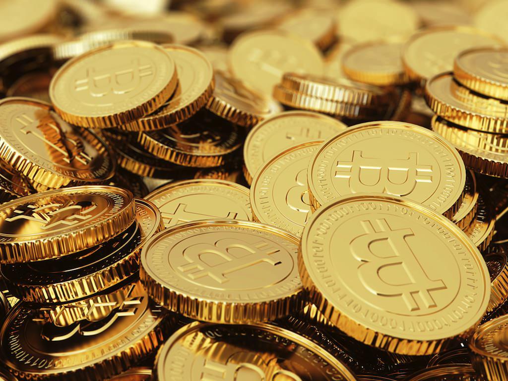 spending bitcoins - После «Черного четверга» с криптобирж было выведено около 300 000 биткоинов