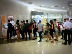 Singapore-ATM-queue