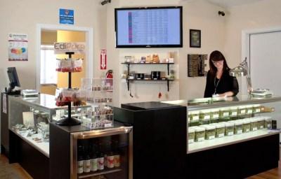 Пункт выдачи медицинсокой марихуаны в г. Денвер, штат Колорадо