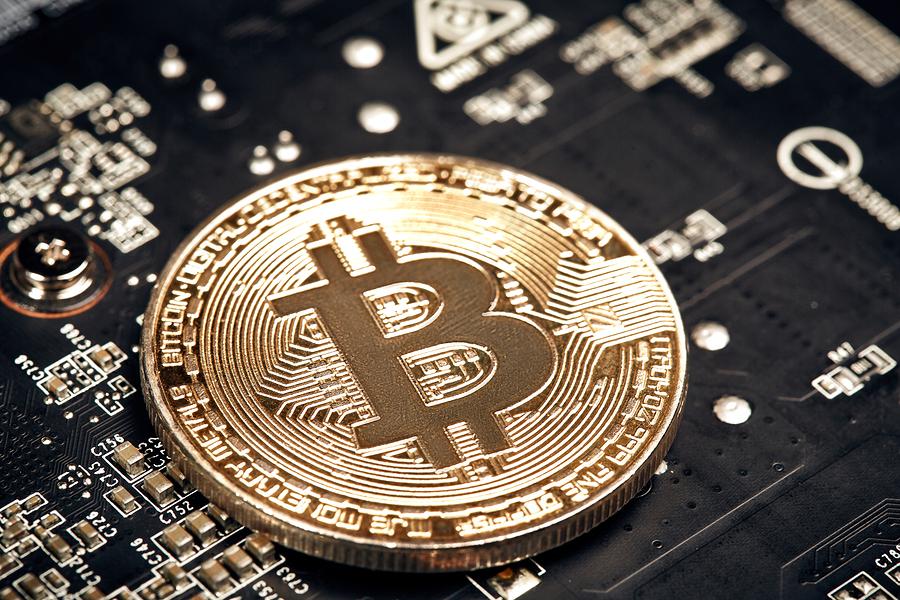 Майнеры добыли 80% общедоступных биткоинов