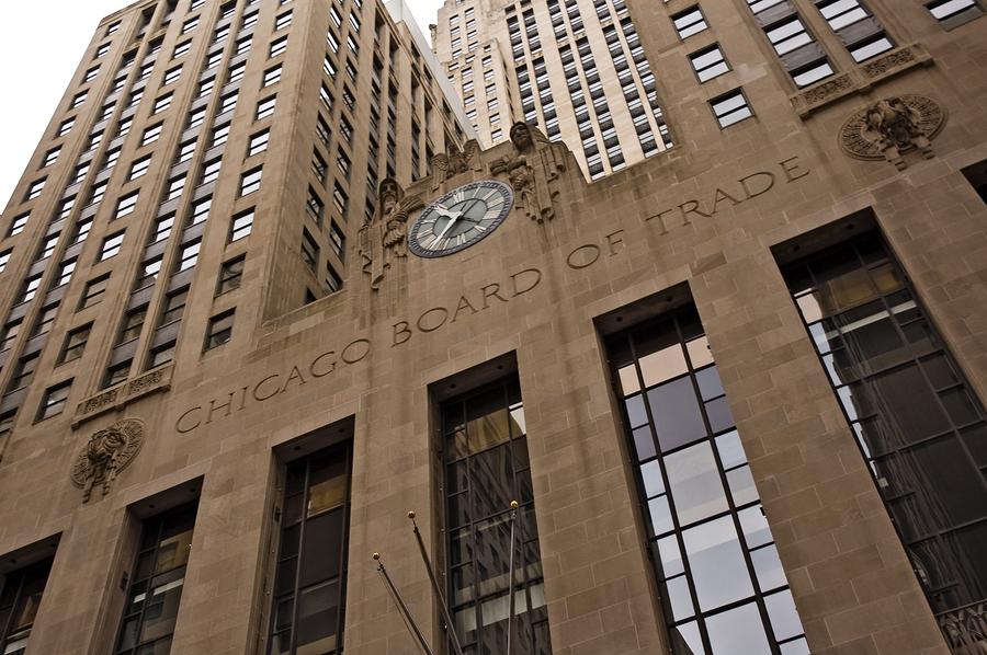 Чикагская товарная биржа, регуляторы, фьючерсы на биткоин
