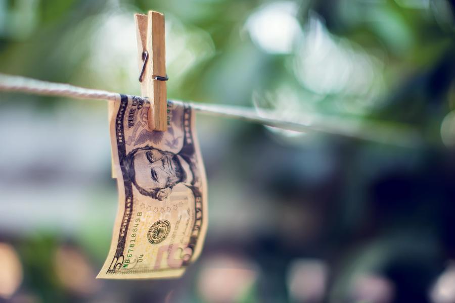 отмывание денег криптовалюта недвижимость