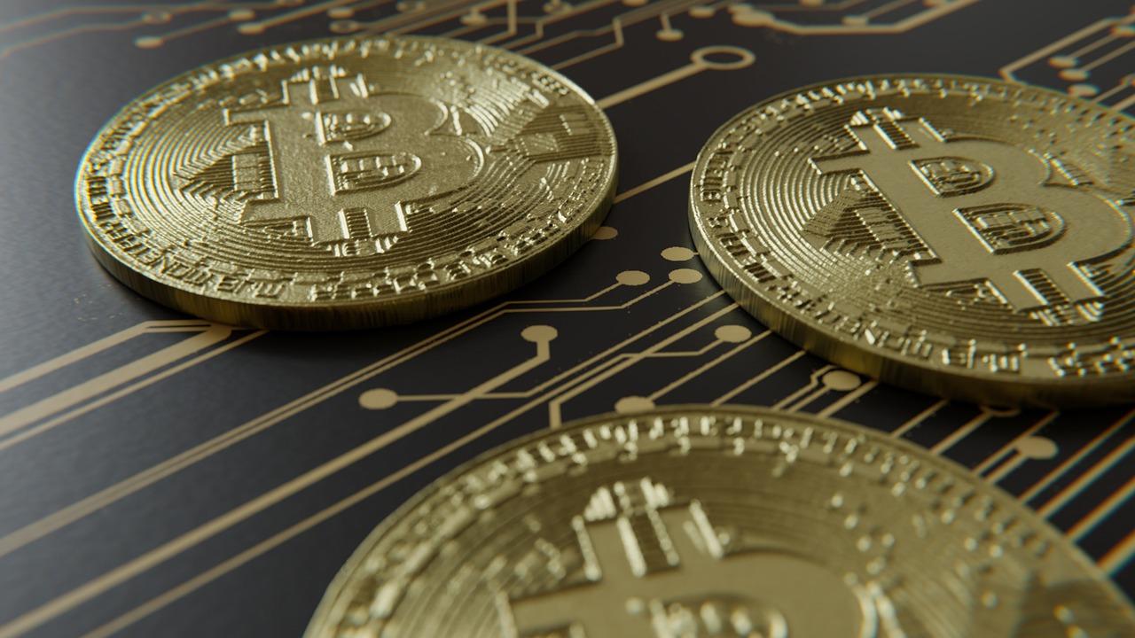 bitcoin 3035876 1280 1 - 30-дневный объём торгов BTC достиг рекордной отметки в $770 млрд
