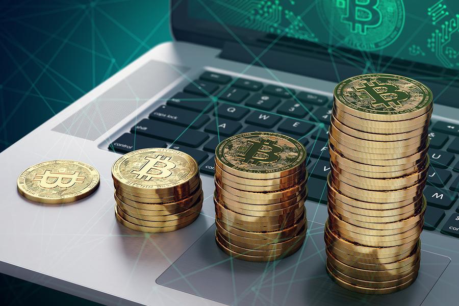 bigstock 212977408 - BTC как форма сохранения капитала: 60% монет никуда не перемещались в этом году
