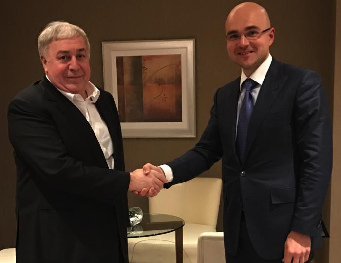 481033d17f15b15037d497c9394ff1bf - Инвестор первой криптобиржи Прокопеня до небес превознёс Лукашенко: «Он войдёт в историю»